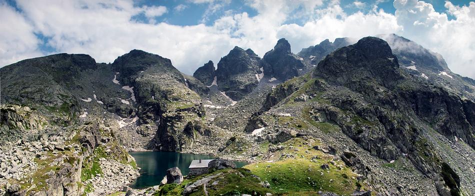 Страшне озеро Балкани